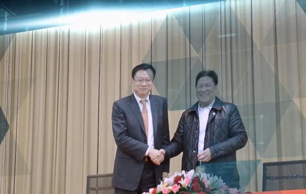 研究室主任丁玉章教授于国内顶级企业集团战略合作